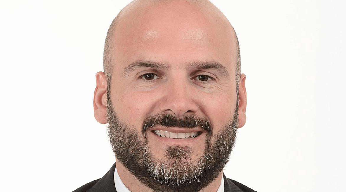 Il Segretario di Stato Stefano Canti contribuisce allo sviluppo del calcio a San Marino